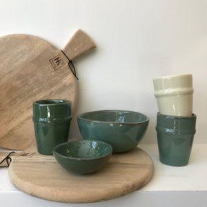 tasse en ceramique verte bol verre