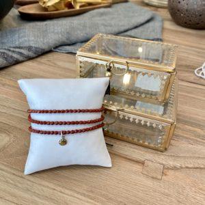bracelet-tetes-blondes-trois-tours-terracotta-boites-a-bijoux