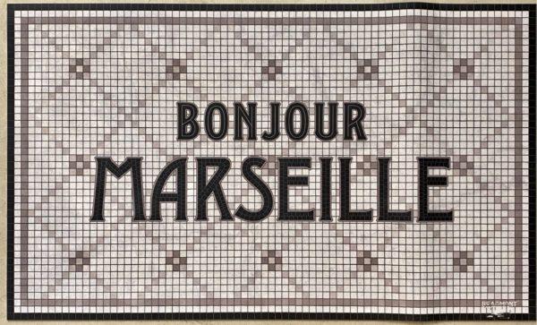 bonjour marseille croisillons beige tapis